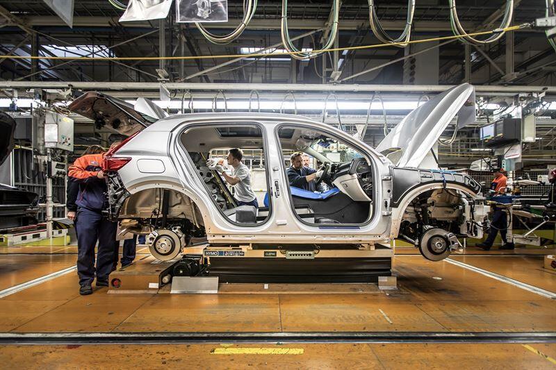 Volvo Carsista ensimmäinen autonvalmistaja, joka tutkii SSAB:n kanssa fossiilivapaan teräksen mahdollisuuksia