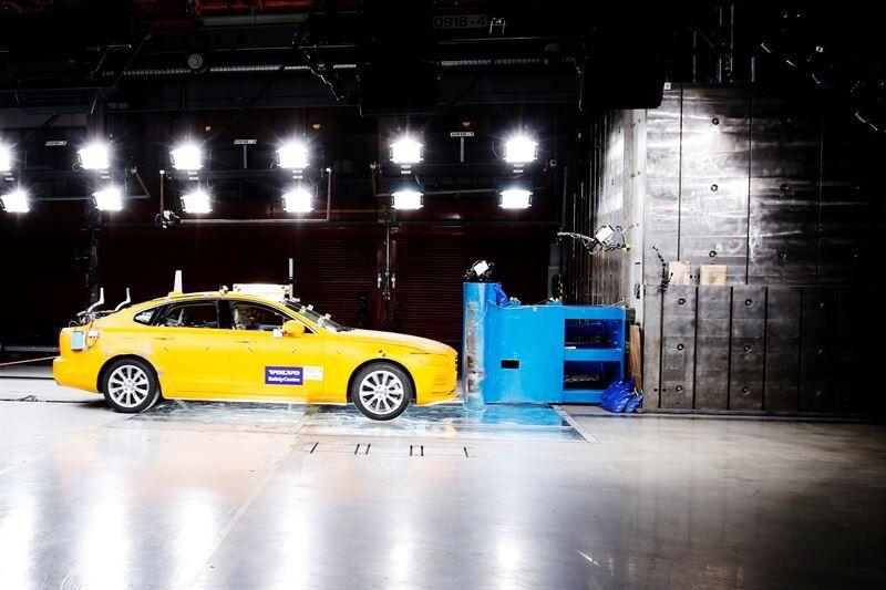 Volvon turvallisuuskeskus täyttää 20 vuotta