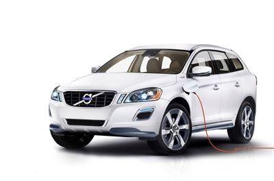 Volvo ladattavien hybridien kärjessä Suomessa