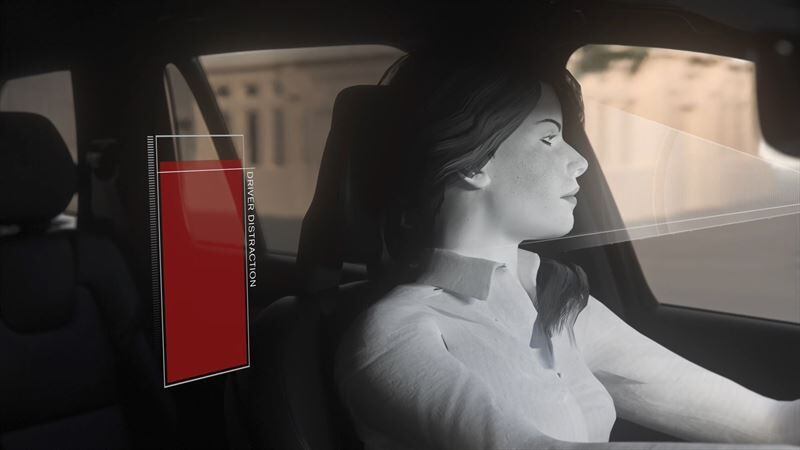 Volvo Cars puuttuu päihtyneenä ajamiseen ja keskittymisen herpaantumiseen